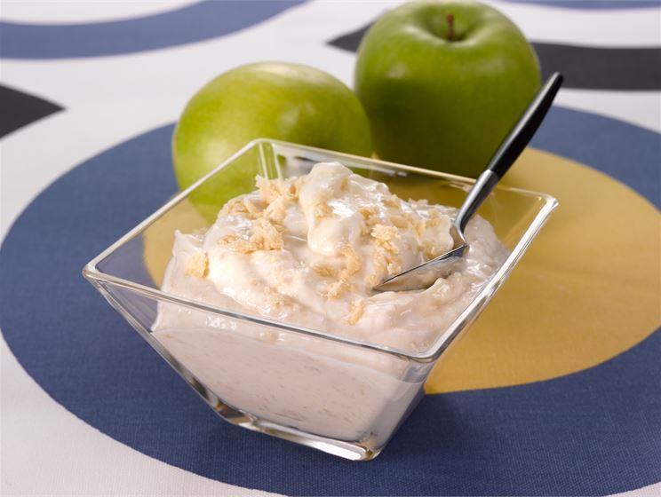 Halva-jogurttikastike