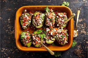 Lämmin Mifu-salsa ja paahdettua avocadoa