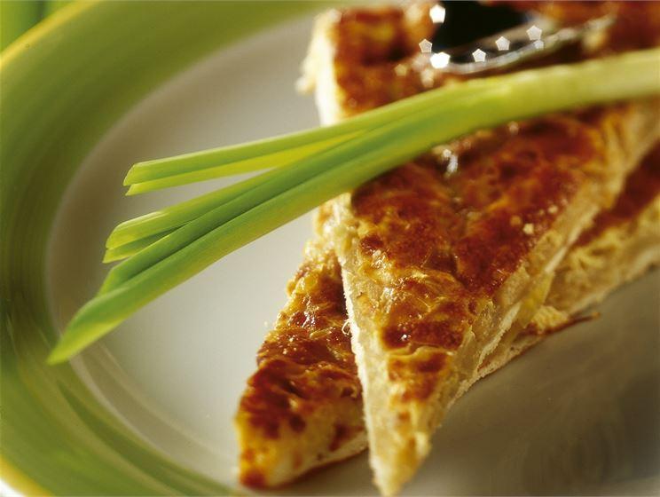 Sipuli-juustopiiras