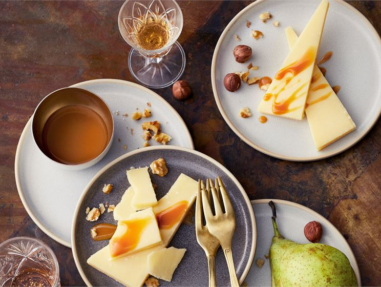 Siemennäkkäri juustotarjoiluun