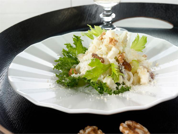 Saksanpähkinäsalaatti