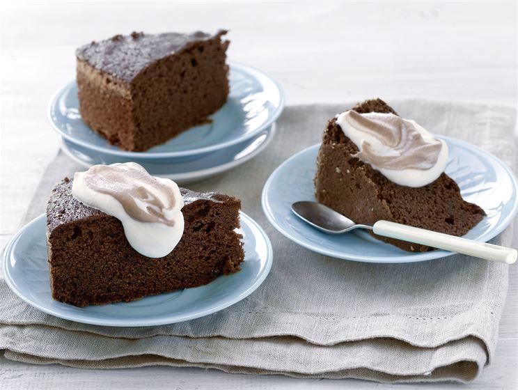 Suklaakakku suklaakastikkeesta