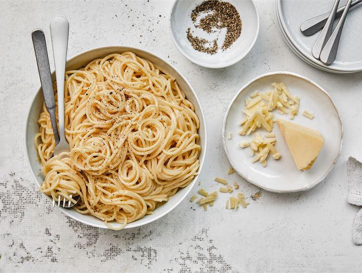 Pippuri-juustopasta eli Cacio e pepe