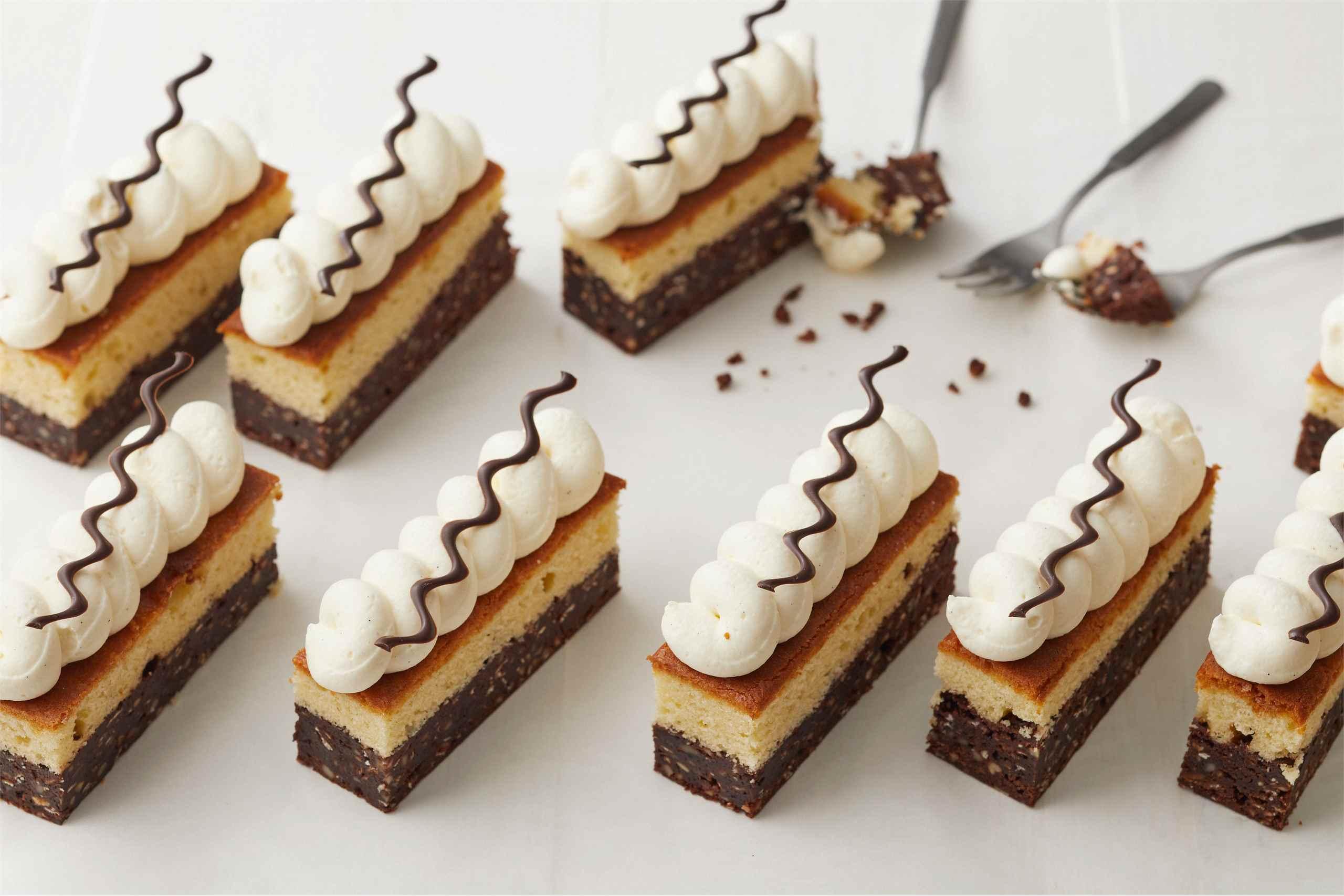 Suklaa-vaniljakakku