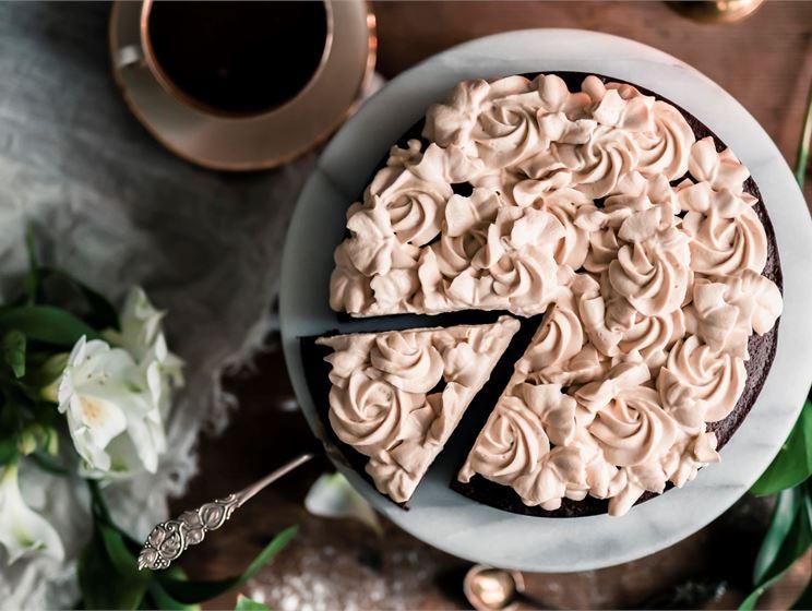 Emma Ivanen helppo suklaakakku