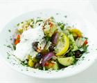 Salaatti paahdetuista kasviksista
