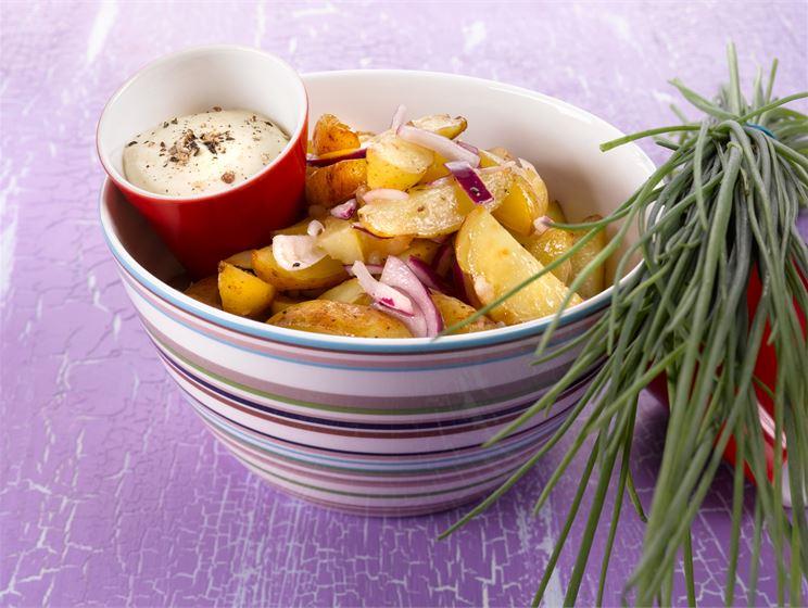 Uuniperunasalaatti