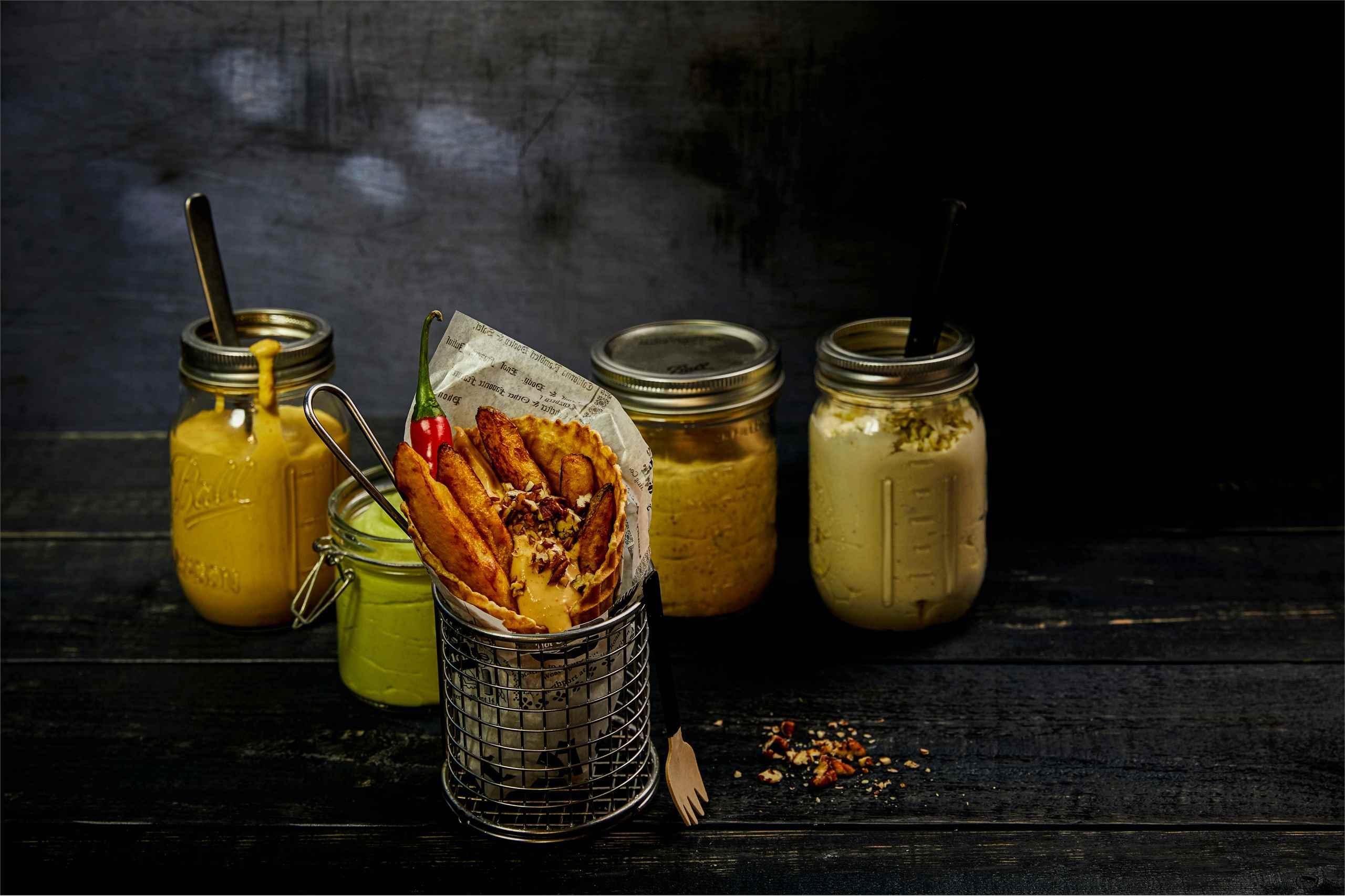 Maapähkinävoi-chilikastike