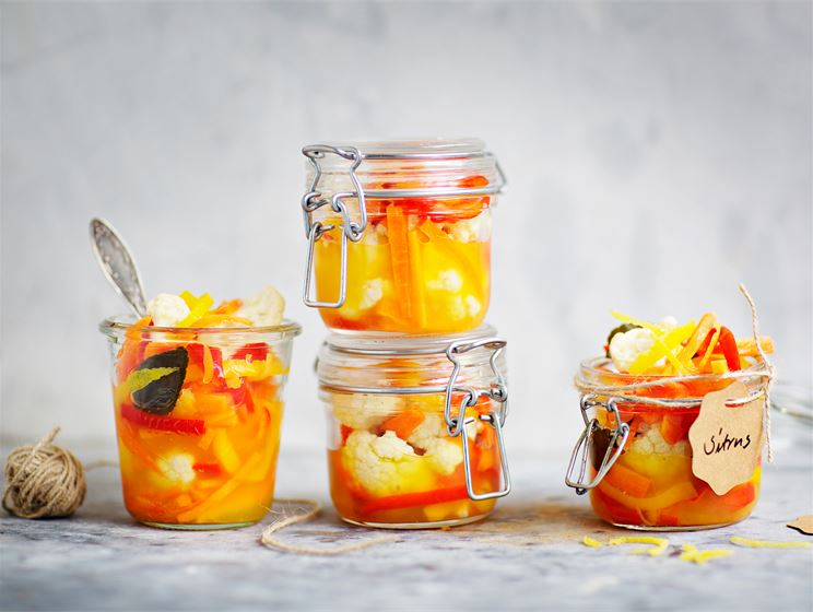 Sitruspikkelöidyt kasvikset