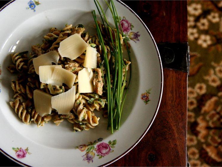 Pinaatti-soijasuikalepasta