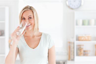 Päivittäinen nesteentarve ja erilaiset juomat