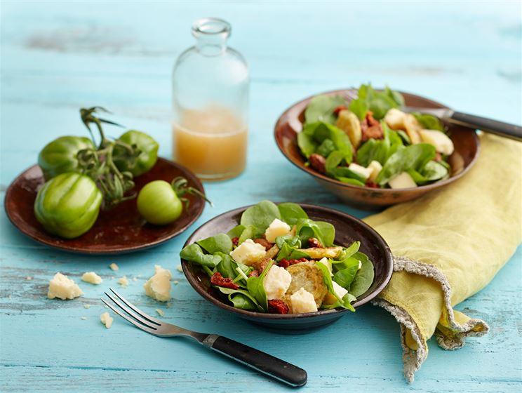 "Salaatti ""Fried green tomatoes"""