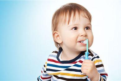 Lapsen hampaiden hoito
