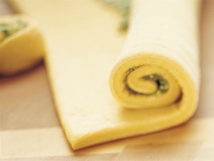 Laktoositon solttistaikina