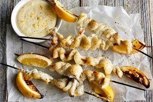 Sitruunaiset kuhavartaat & lämmin dippi