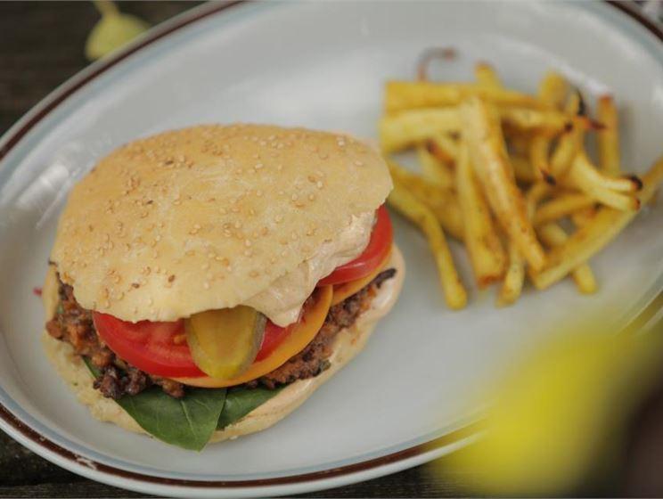 Soija-savujuustoburgerit