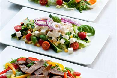 Helpot ja monipuoliset salaatit