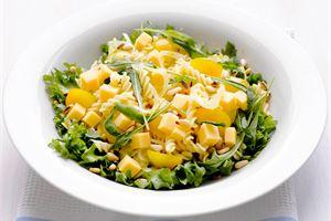 Salaneuvoksen pastasalaatti