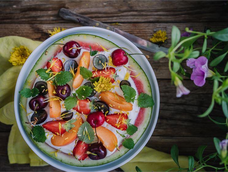 Satokausikalenterin vesimelonipizza jälkiruoka