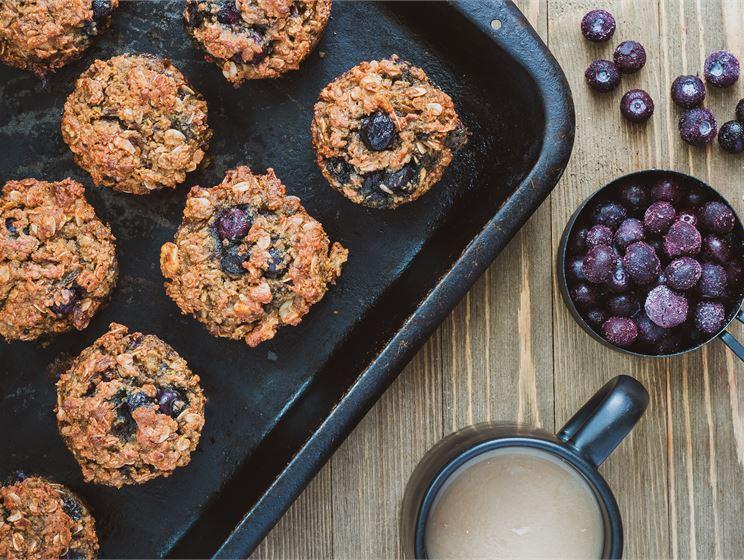Gräddkola- och blåbärsmuffins