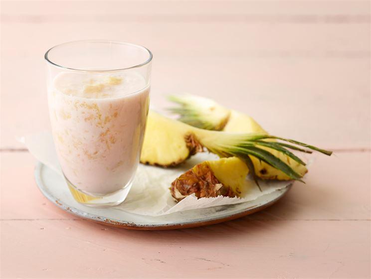 Nopea ananasjogurttijuoma