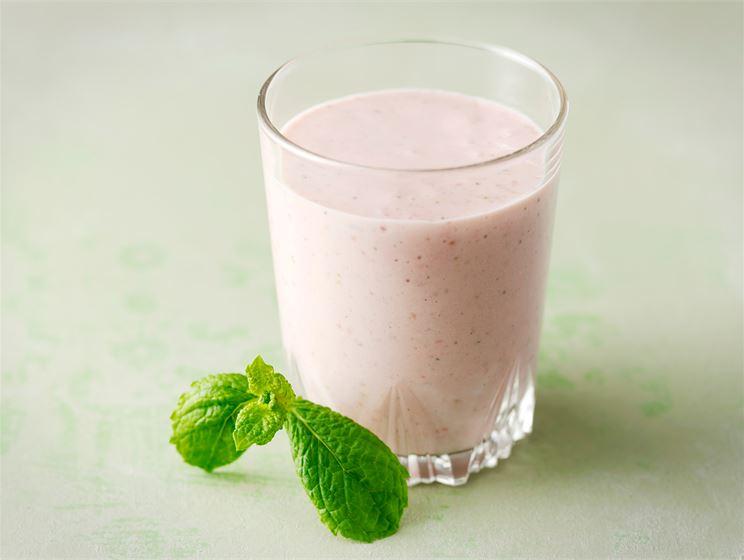 Marja-jogurttipirtelö