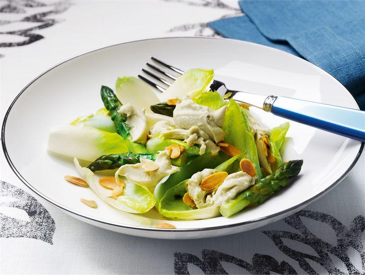 Endiivi-parsasalaatti