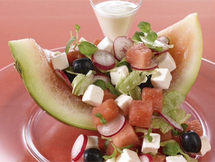 Juusto-vesimelonisalaatti