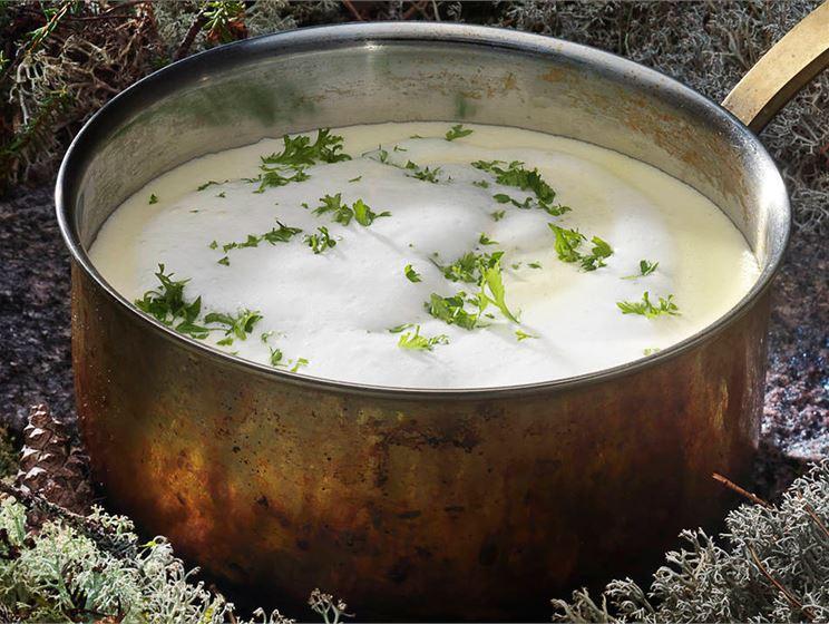 Sipulinen juustokeitto