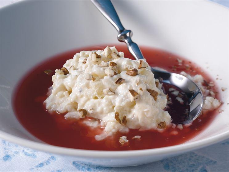 Pähkinä-riisivanukas