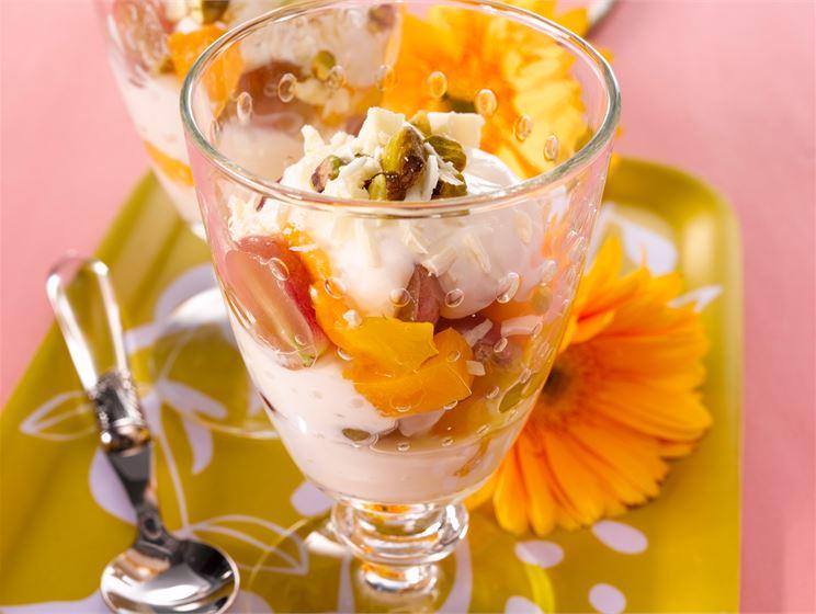 Vaniljamarinoidut hedelmät