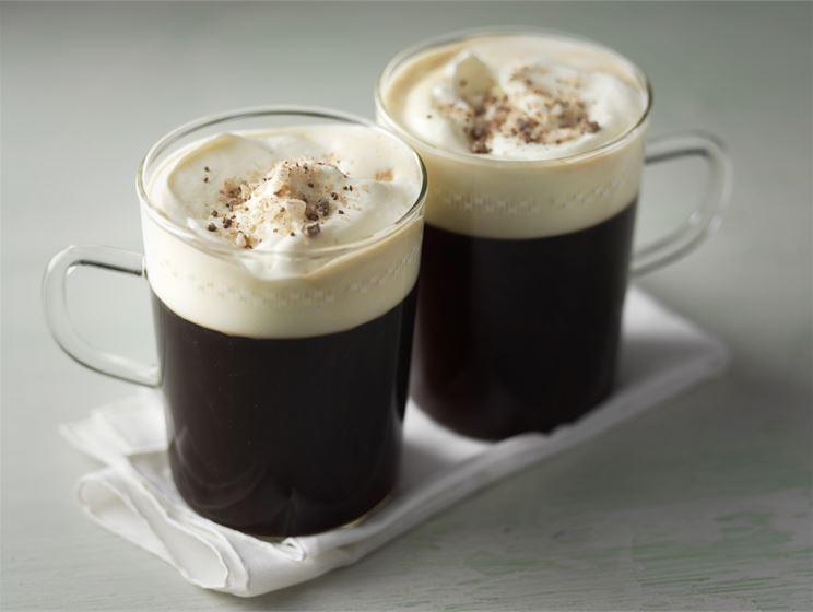 Kaffe med pepparmintskross