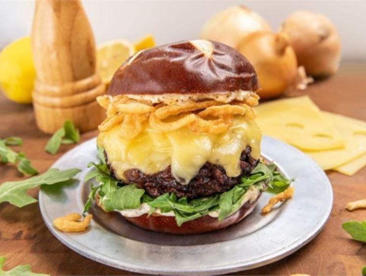 Steakhouse Swiss Burger