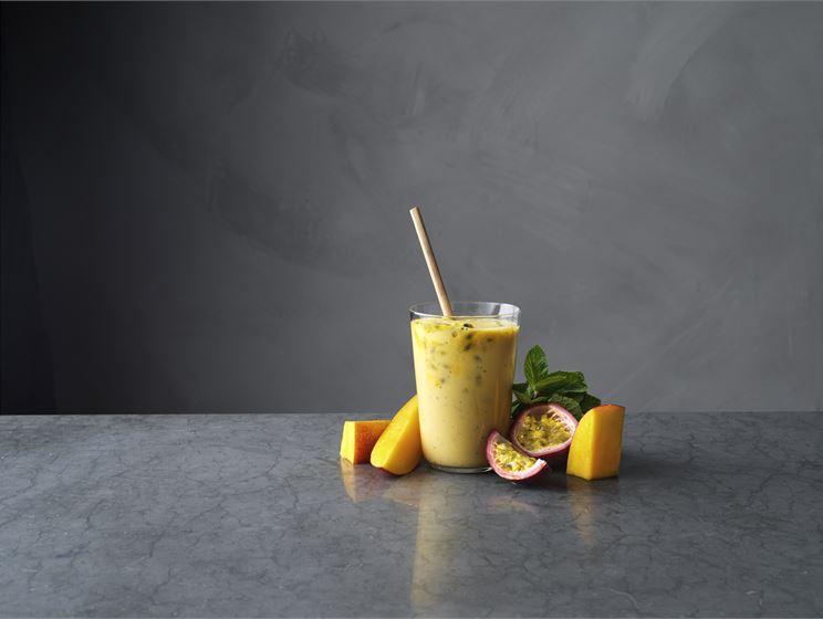 Passionsfrukt & mango smoothie