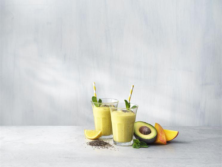 Mango & avokado smoothie