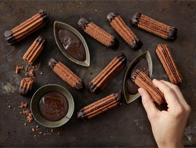 Suklaapikkuleipä