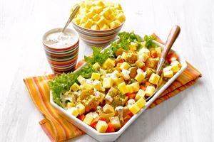 Paahdettu juures-juustosalaatti