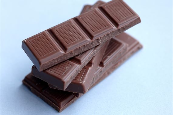 Reduce sugar naturally in chocolate and other products