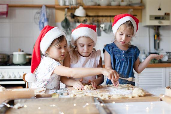 Jouluvalmistelut tuovat joulumielen. Katso muistilista!