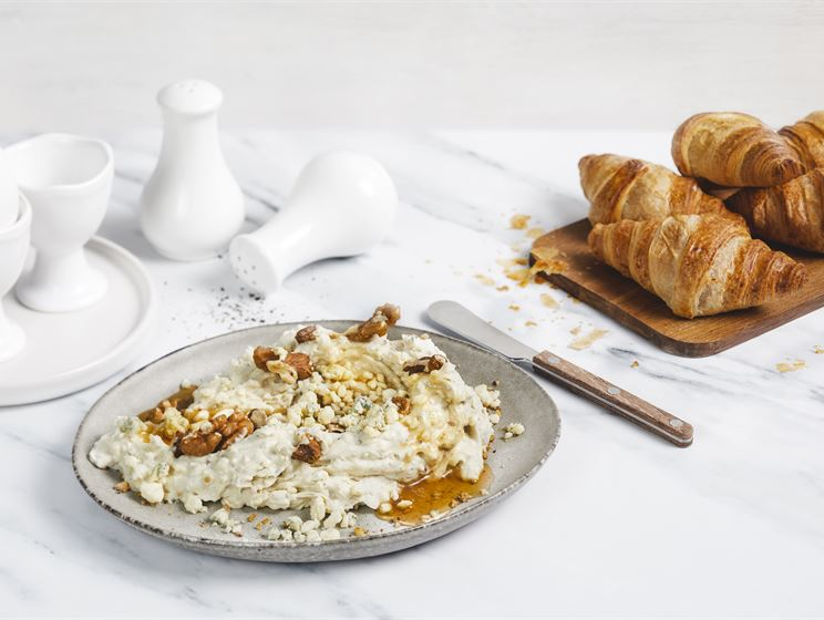 Aura-hunaja-saksanpähkinätahna
