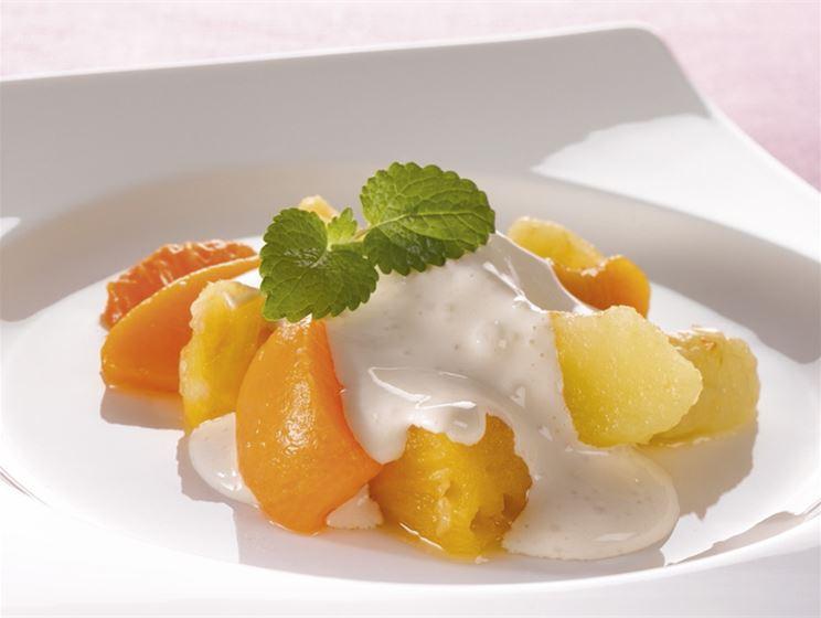 Jogurttikastike hedelmille