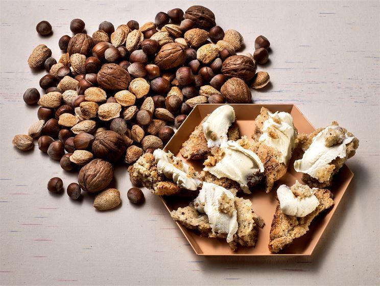 Pähkinä-mantelipalat