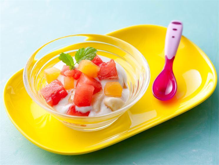 Hedelmäsalaatti lapsille