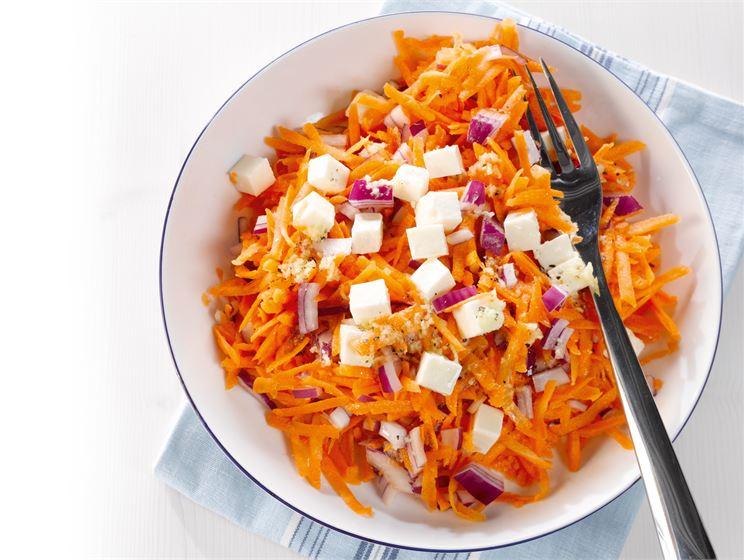 Itämainen porkkanasalaatti