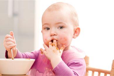Ruokatahrat pois tekstiileistä: vinkkejä lapsiperheille