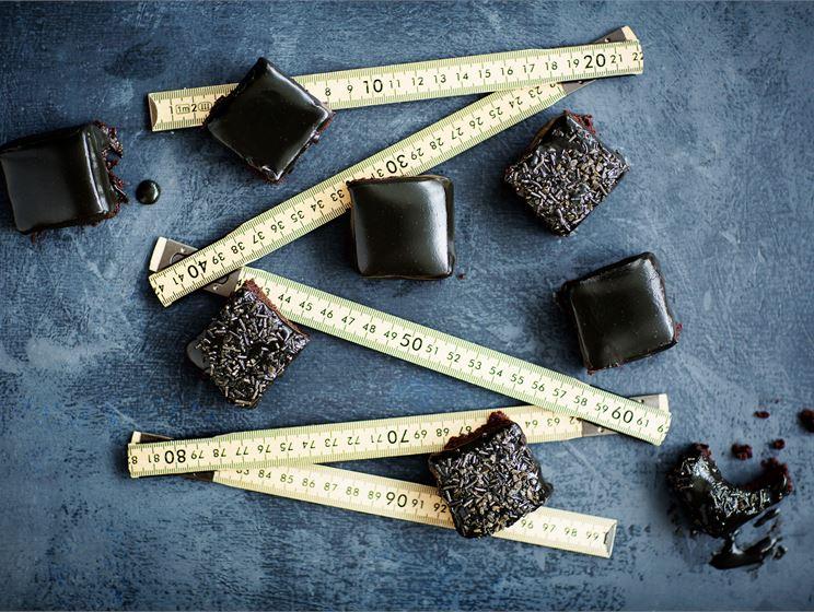 Salmiakki-suklaaruudut