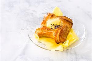 Ananas-greippirahkawiener