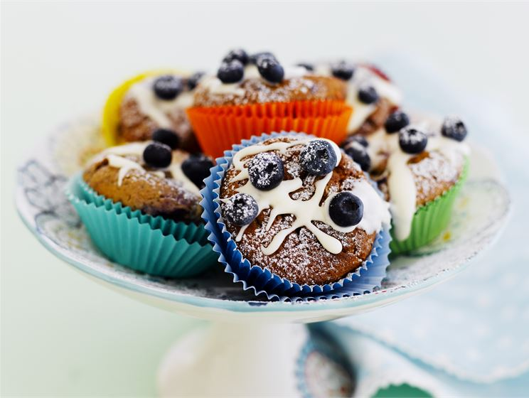 Sitruuna-mustikka cupcakes